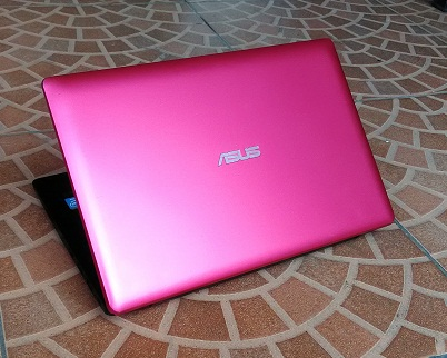 Notebook Second ASUS X200CA-KX187D Merah Murah