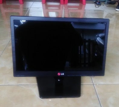 LED Monitor Second LG 16EN33S 16″ inch Murah