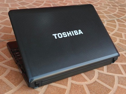 Notebook Bekas TOSHIBA NB501 Black Murah 1-jutaan