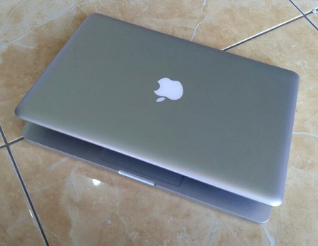 Apple Macbook Pro Bekas MD101 Mid 2012 mulus Malang